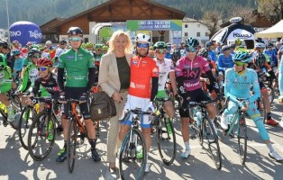 de-tweede-etappe-van-de-tour-of-the-alps-2017-begint-in-innsbruck