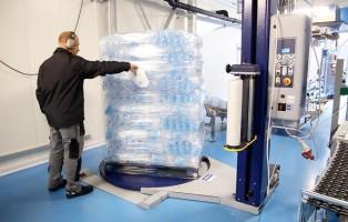 03/08/2017 Quarto d'Altino, Azienda Ghiaccio Facile Premium Italia azienda produttrice di cubetti di ghiaccio - . - fotografo: Errebi - Mirco Toniolorrebi - Mirco Toniolo