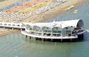 molti-eventi-terrazza-mare-a-lignano