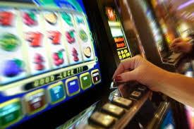 slot-machinegico-dazzardo