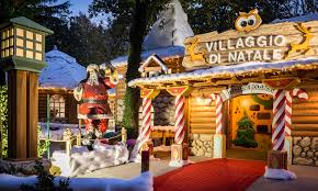 Villaggio Babbo Natale Trento.Villaggio Di Natale Flover On The Road A Trento Verona E