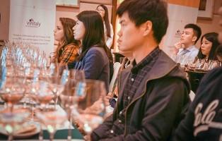 vini-in-cinese-dal-vinitaly