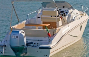 vendita-yacht-cranchi-panama-24-bitcoin-590x392