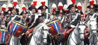 carabinieri-a-cavallo-x-raduno-a-verona