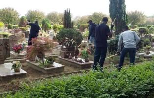 migranti-lavorano-cimitero-padova-foto-avvenire