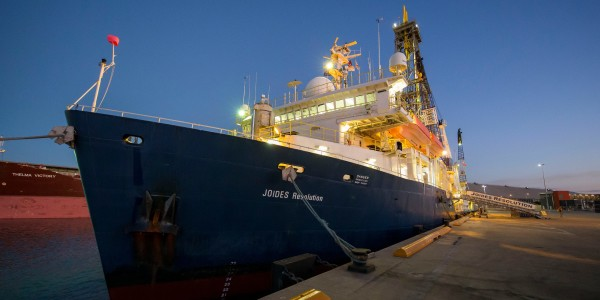 International Ocean Discovery Program Expedition 371 Tasman Frontier Subduction Initiation and Paleogene Climate