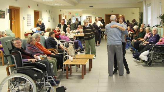 Case riposo uecoop un posto letto per 41 anziani for Case di riposo per anziani