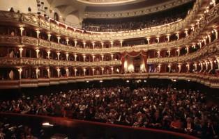 teatro-filarmonico-verona-photo-ennevi-930x530_c